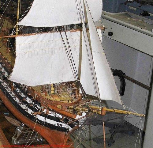 Napoleon-Segel011.thumb.jpg.5fbf2b6f4f82e0b04c53e2bd54c7e19d.jpg